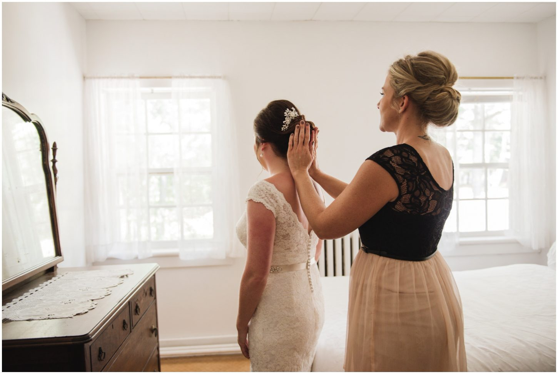 Intimate Pine Lodge Quebec Wedding
