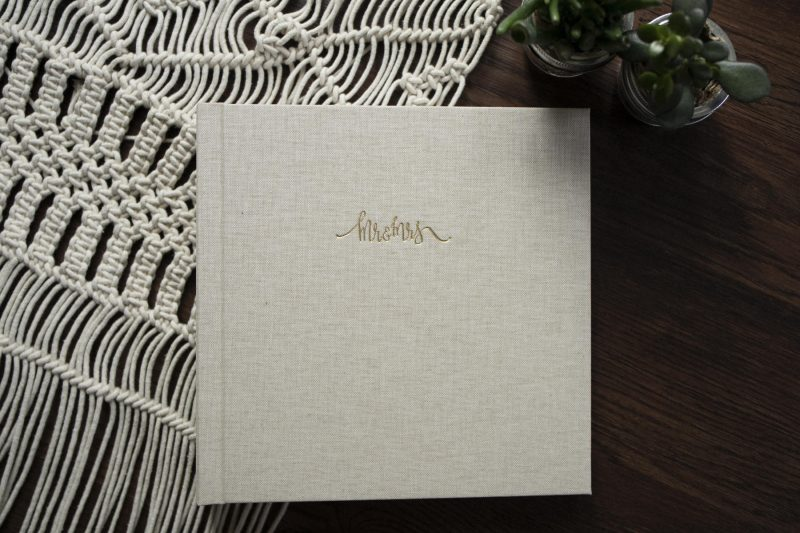 Dekora Fine Art Wedding Album