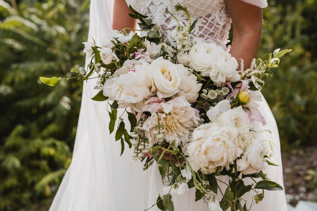Le Belvedere Wedding bouquet by Pollen Nation Floral Studio